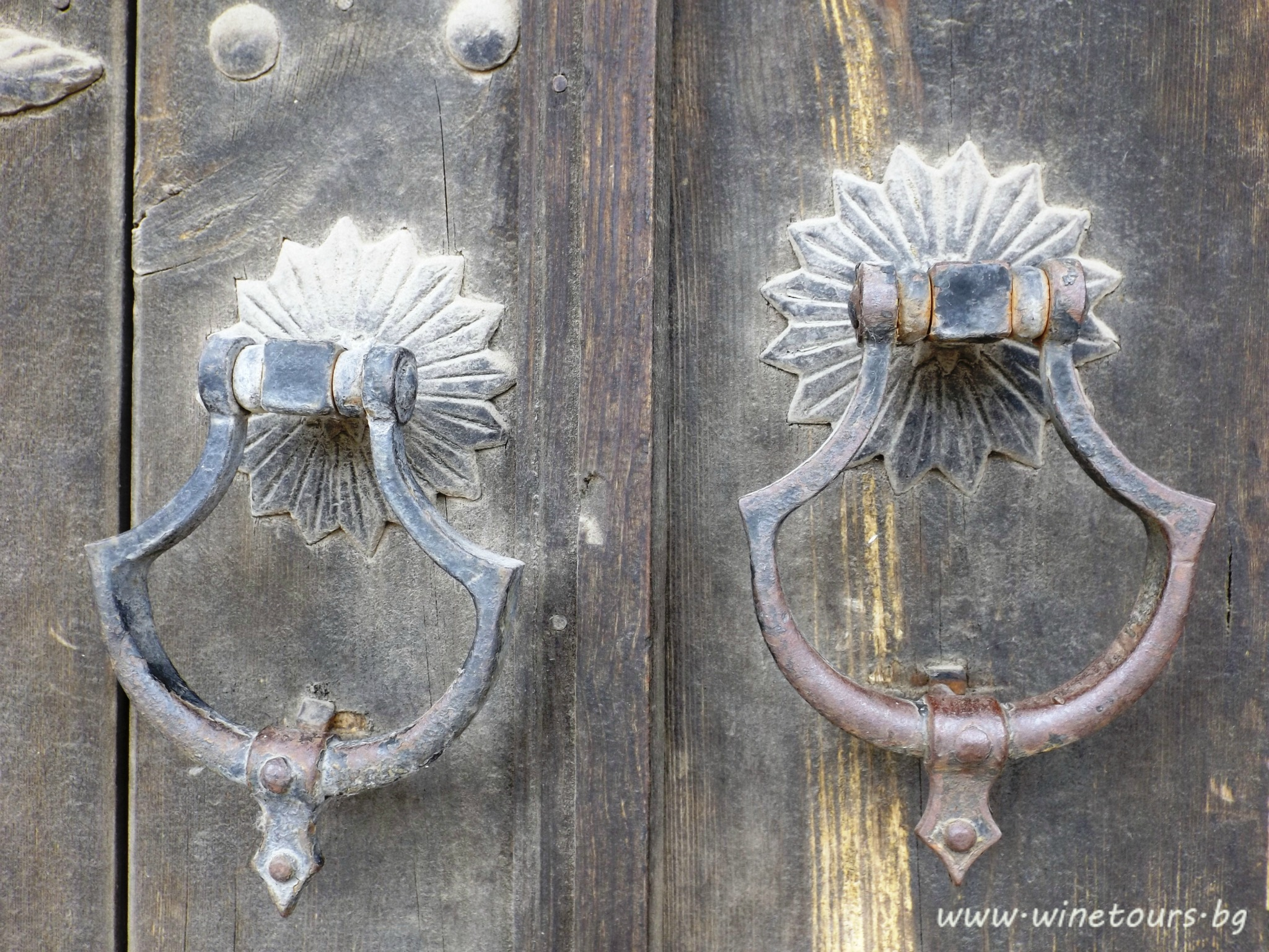 портите на царския дворец