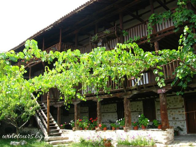 winetours.bg Rojenski manastir