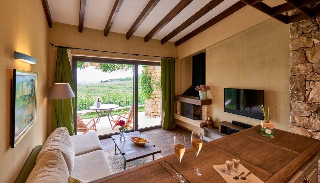 Zornitza Family Estate Relais & Châteaux-shop.winetours.bg-rooms