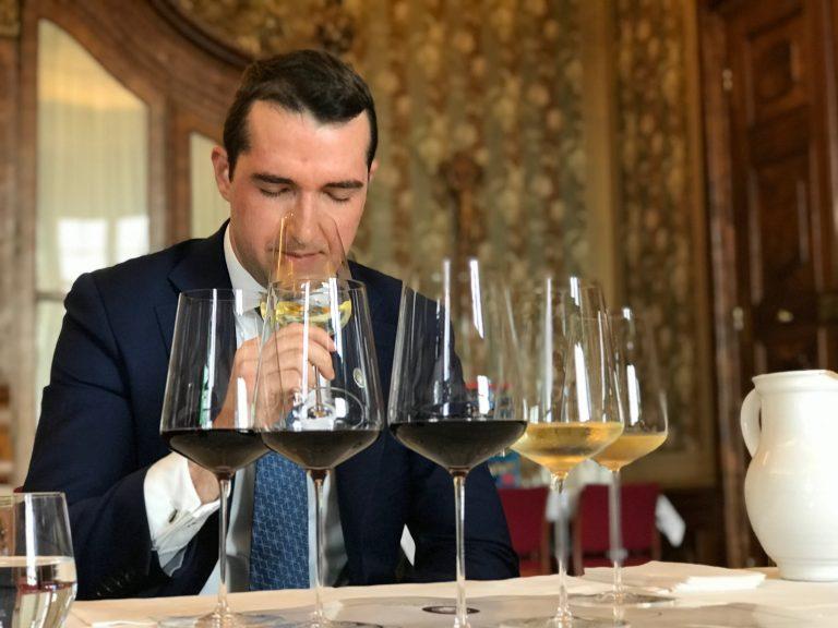 Svetoslav Manolev MS during the wine tasting