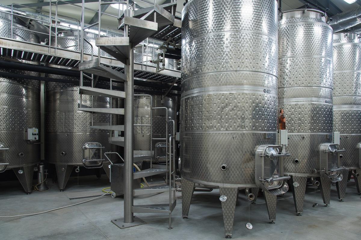 винарска изба Златен Рожен